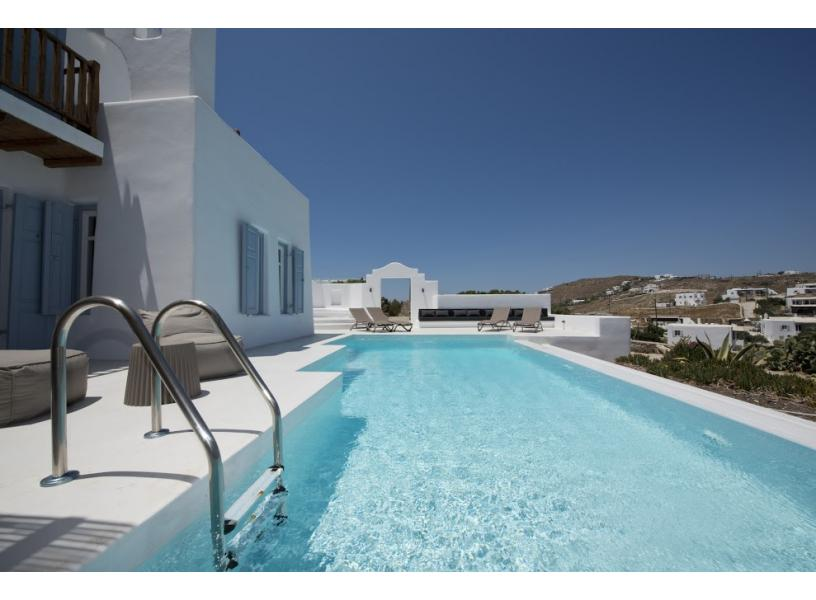 mykonos villas - villa with pool (2)